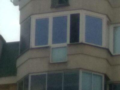 Panel solarny na oknie/balkonie