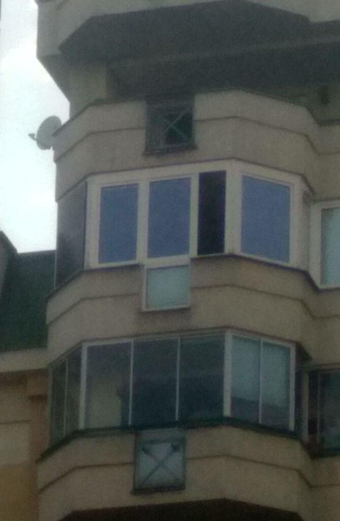 Zobacz Panel solarny na oknie/balkonie - Panel na oknie 669x1024
